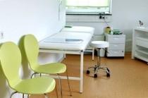 Behandlungszimmer, Kinderarztpraxis